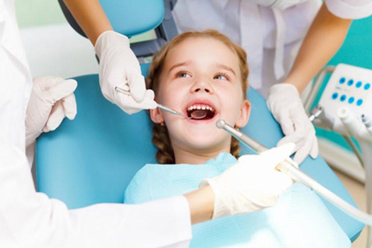 Endodoncias infantiles en la Clínica dental Sevilleja